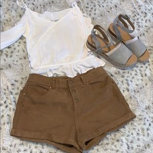 Hollister suede cute shorts